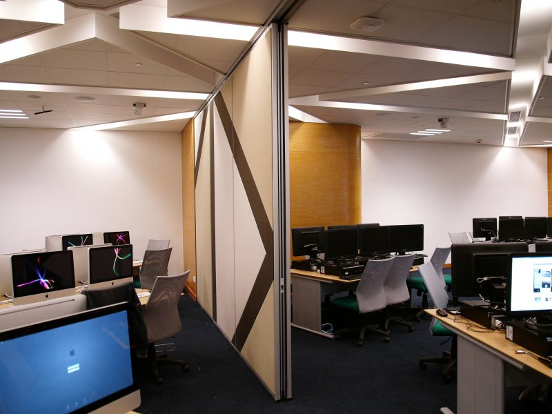 Connected E-Learning Classrooms